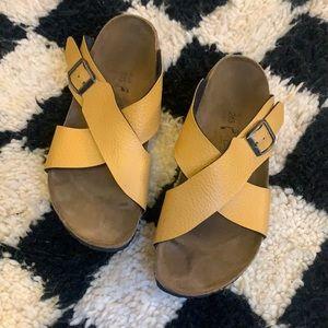 Birkenstock Crossover Sandals 🧡